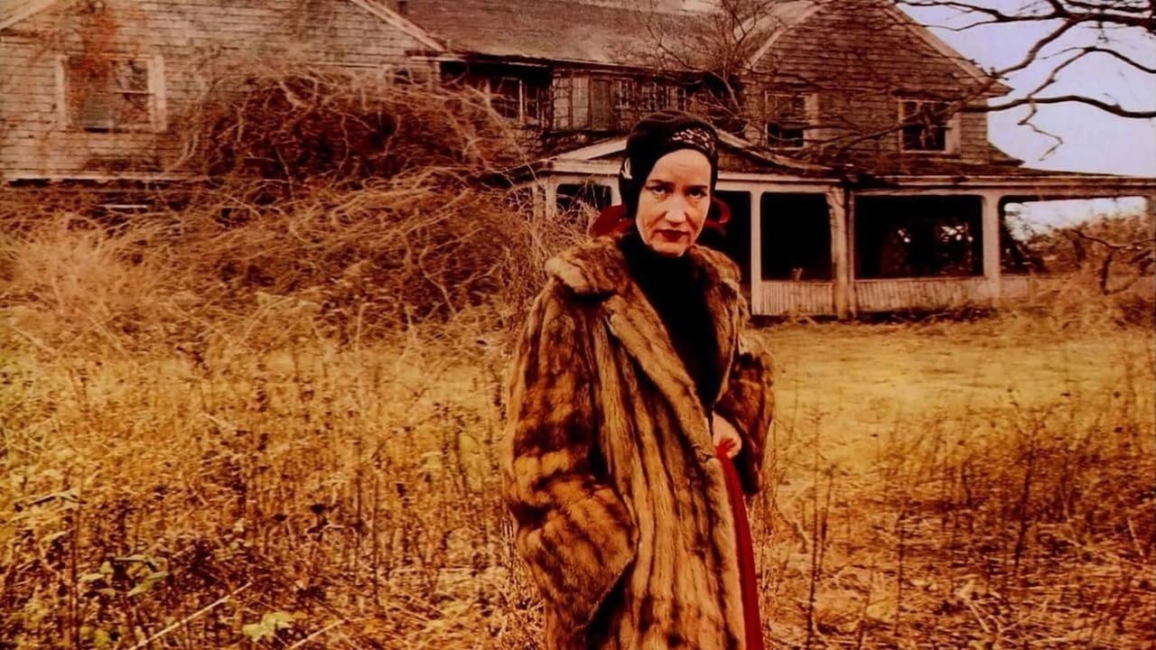 Grey Gardens (1975) –  Documentary, Comedy, Drama